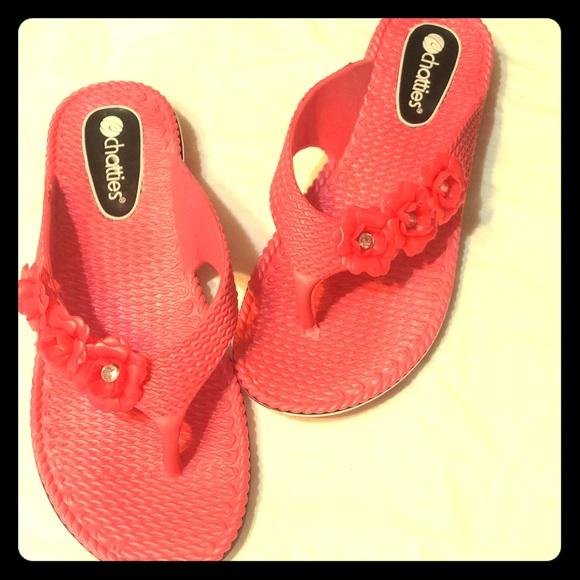 02421b12d Chatties Shoes - NWOT FlipFlops🌸